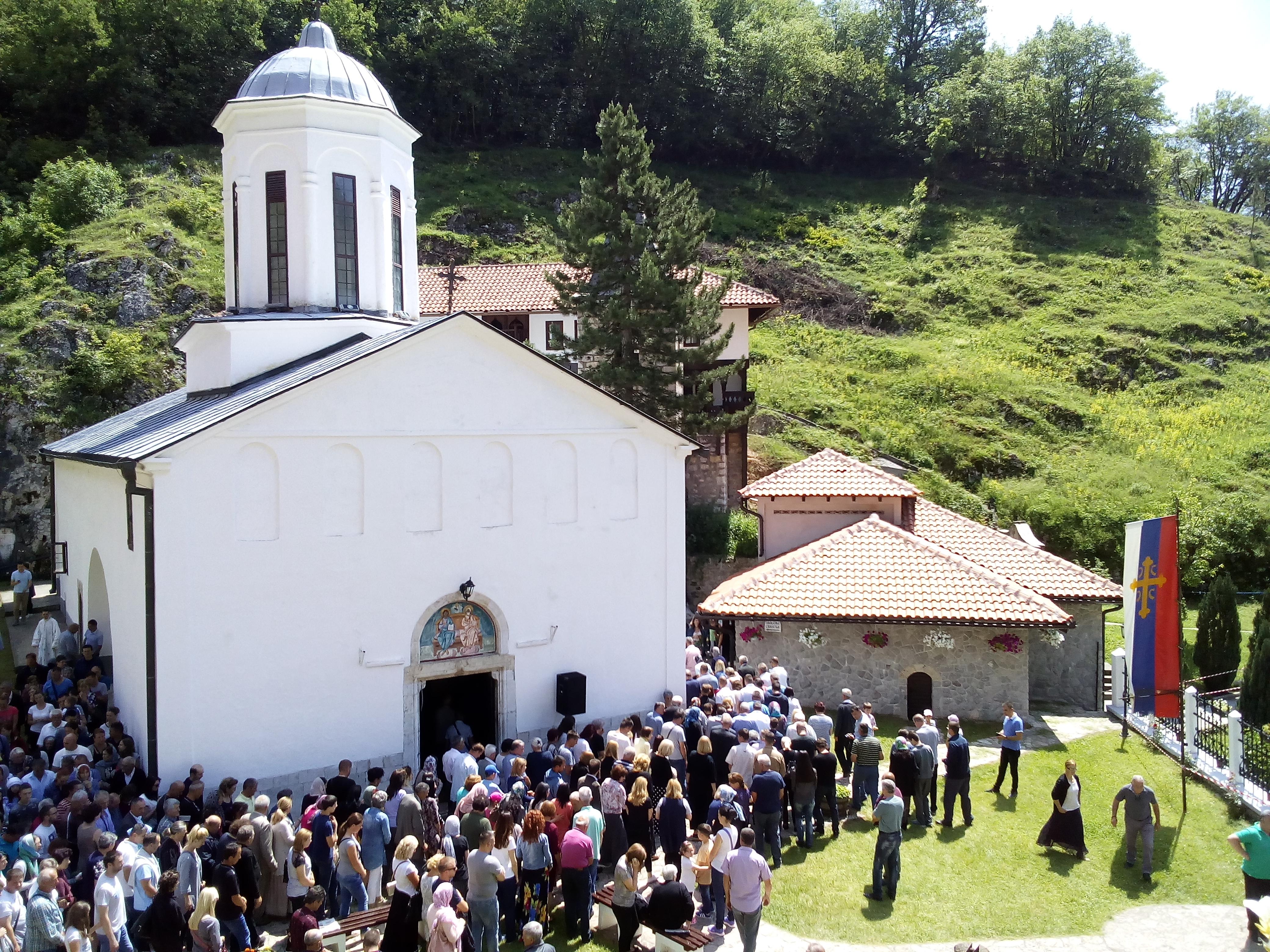 Litija i crkva