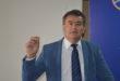 Mijo Lekić u plavu kravatu