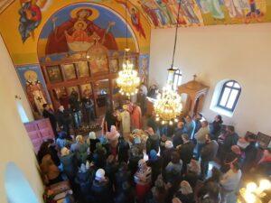 U hramu Sv. Petke